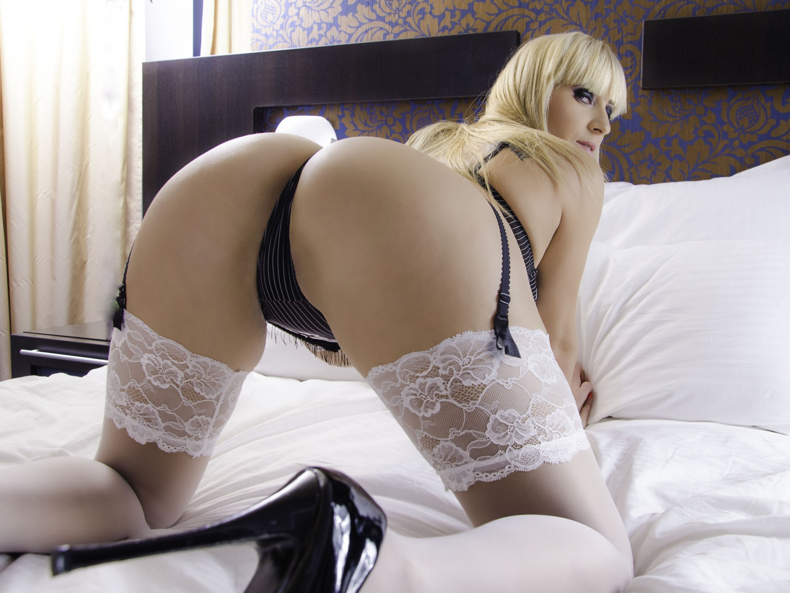 blonde Jasmin sex chat girl
